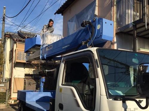 朝霞市 部分的な外壁塗装は高所作業車で楽々作業!