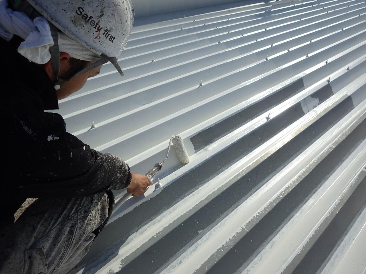 屋根を塗装するなら遮熱塗装ですかね?