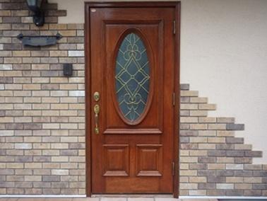 さいたま市 玄関ドアの塗装で新品同様に~♪