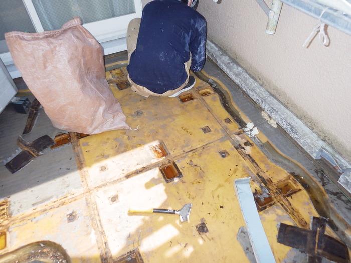 さいたま市大宮区 FRPユニット防水から雨漏り。ウレタン防水+長尺シート貼りで先々安心~♪