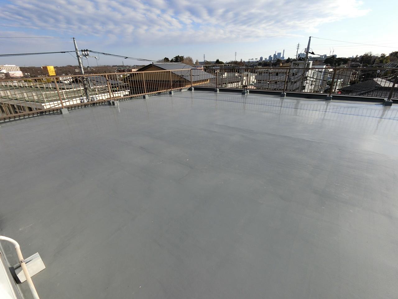 ビル屋上防水の通気緩衝工法!