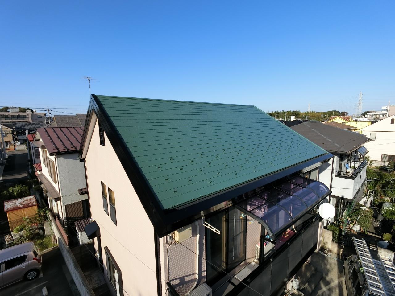カラシュミ/屋根の色にこだわりを!