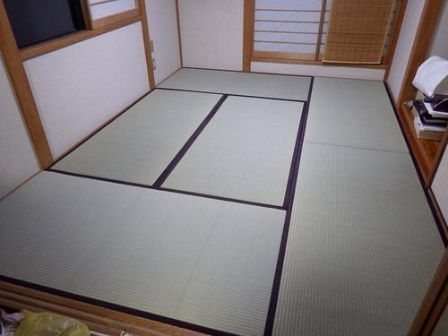 雨漏り発生!畳の表替えと、天井クロス張替え!