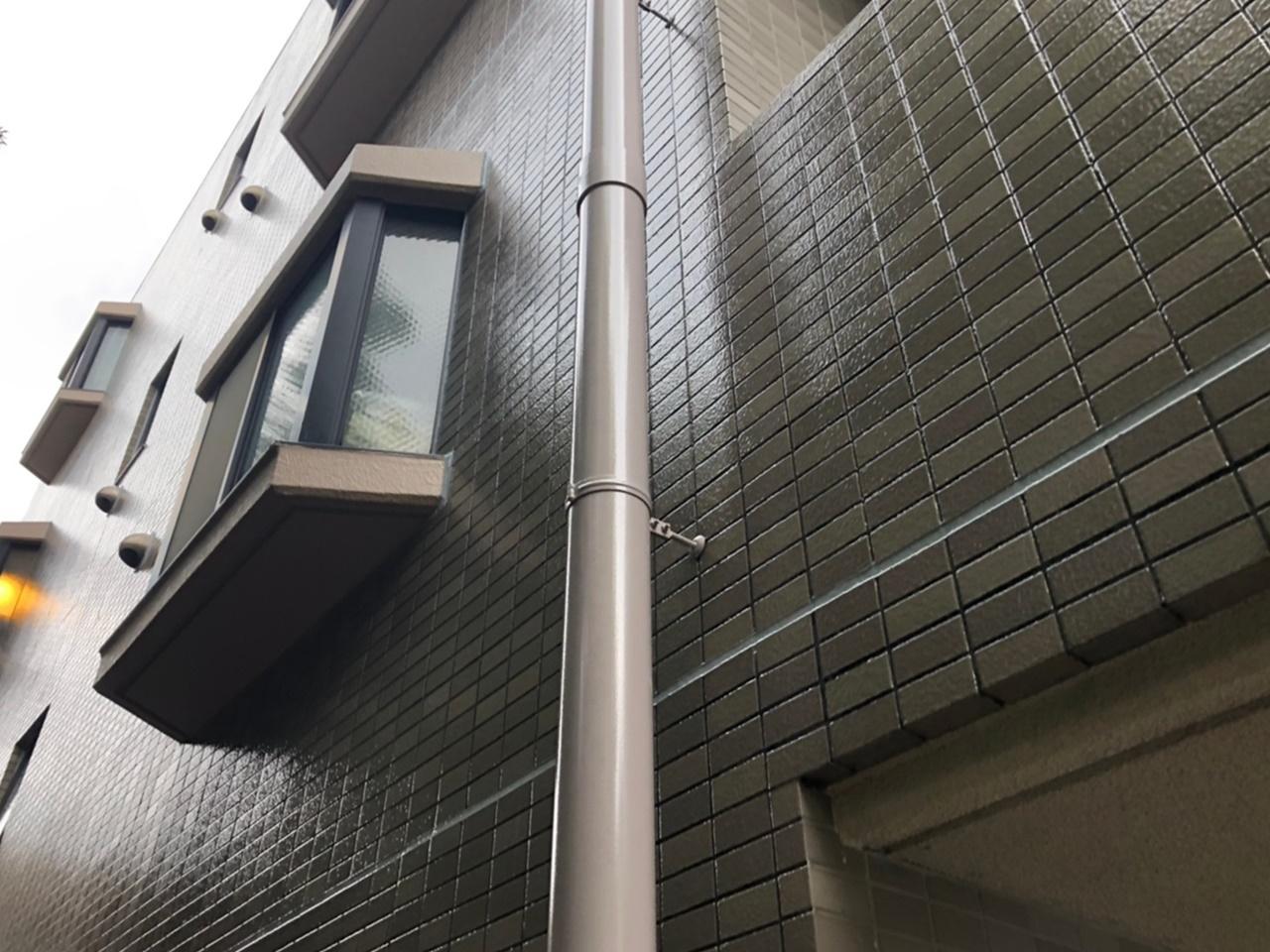 マンションの外壁防水塗装とシーリング打ち替え!バルコニーはウレタン防水+長尺シート